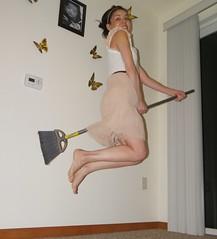 (Juan Paulo Miranda) Tags: witchery bruja escoba levitate pentaxx90 flickrandroidapp:filter=none