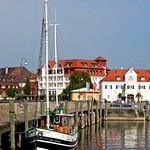 Fischkutter im Gondelhafen von Langenargen (1) thumbnail
