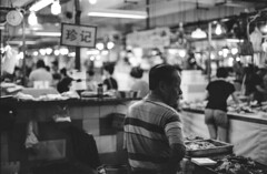 Chinatown's market (Marioiks) Tags: bw lomo nikon singapore market gray bn earl f3 pushed mercato analogica analogic 800iso nital