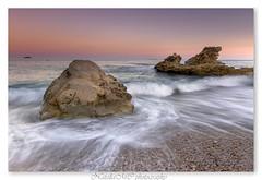 despidiendo la tarde (EXPLORER 21-septiembre-2013) (natalia martinez) Tags: luz sol relax atardecer agua paz arena sedas nataliamartinez pideras