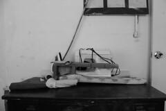 Utensilios para el taller de costura (AMrquez) Tags: blackandwhite blancoynegro canon uruguay nios escuelas solidaridad ong pobreza gobierno ayuda durazno educacin mujica escuelapblica escuelasrurales sarandidelyi vision:text=0649 vision:outdoor=0979 microong