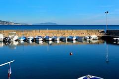 La Ciotat : Le port des Capucins (Pantchoa) Tags: blue france port boats puerto nikon harbour ctedazur provence nikkor rawfile frenchflag laciotat d7100 lescapucins 35mmf18g