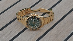GMT Master II (Watch Guide) Tags: 2 green yellow gold dial master ii rolex gmt