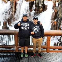 "Big Mahalo to @kserapion and his son both representing #defendhawaii !! Real awesome picture #fatherlikeson • <a style=""font-size:0.8em;"" href=""http://www.flickr.com/photos/89357024@N05/13316282145/"" target=""_blank"">View on Flickr</a>"