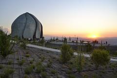 Templo bahá'í de Sudamérica - Santiago (mariosantiaguino_) Tags: templo baha bahai sudamerica santiago chile peñalolen alcachofa