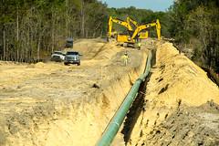 Burying the Sabal Pipeline Spur (jameskirchner15) Tags: naturalgas pipeline sabalpipeline industry energy heavyequipment florida dukeenergy work machinery sunshinestate