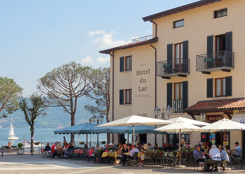 Hotel du Lac and Caffe Centrale at Menaggio