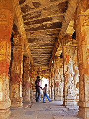 Hampi Temple (jonhuskisson) Tags: travel india temple worship asia backpacking hindu hinduism placeofworship hampoi