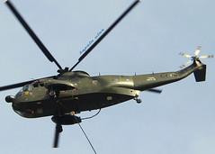 IMG_9487-003flickr (kepala ular) Tags: canon royal airshow helicopter hut malaysia ke airforce 80 hari nuri malaysian pilot sikorsky ulangtahun helikopter udara tentera diraja 18200mm rmaf 2013 tudm 60d s61a4