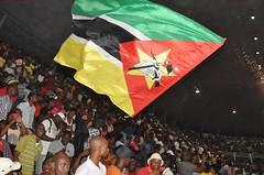 Moc Nig festa vitoria bandeira