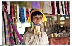 Women of Burma (Mauro Fattore - Dreams Photo Art) Tags: world street travel color digital thailand thailandia viaggi reportage digitalshot maurofattore
