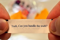 Can you? (Fobonic365) Tags: cookie quote fortune