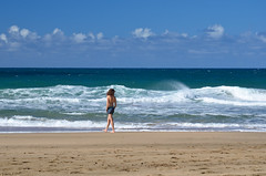 Sylwia (malinowy) Tags: winter vacation portrait cliff beach hawaii coast nikon holidays hiking path hike cliffs trail kauai hi nikkor kalalau zima napali 1870 sylwia wakacje hanakapiai hawaiianislands szlak kalalautrail malinowy d7000 hanakāpīʻai malinowynet