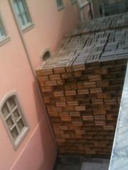 IMG_0111 (amaf2013) Tags: do que escultura mercado bela reciclados caixotes