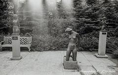 Leo Mol Garden (is bw mt009-05004 vk) (Villi Kristjans) Tags: 2001 old summer bw sculpture woman canada film girl statue museum 35mm garden naked island islands iceland nikon ruins 2000 winnipeg leo manitoba negative sland assiniboine mol kristjan villi vk leonid kristjansson kristjnsson kristjans kristjns vilmundur vkphoto molodoshanin