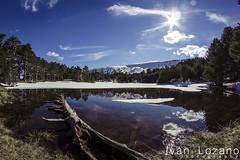Laguna de los Patos (Ivn Lozano photography) Tags: espaa sun snow sol canon y nieve ivan lagoon fisheye leon laguna burgos lozano castilla lagunas neila