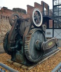 BulldozerPress (T's PL) Tags: metal virginia nikon va richmondva tredegar yabbadabbadoo d5100 nikond5100 historictredegar richmondcivilwarvisitorcenter bulldozerpress