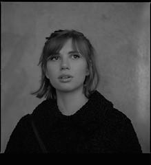 Ea (OddSyse) Tags: hasselblad 500cm 100mm f35 ilford hp5 blackandwhite film d76 portrait oslo