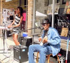 juke joint festival blues ~ watch: (Shein Die) Tags: jukejointfestival billhowlnmaddperry outdoor livemusic blues clarksdale