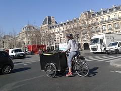 cargo cura (Infra Sindikatbiciklista) Tags: pariz teretnibicikli