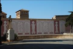 Tarragona (10-3-2012) (Juanje Orío) Tags: provinciadetarragona cataluña tarragona españa spain 2012 pintura escultura estatua sculpture