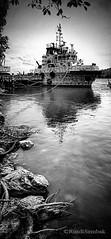 Infra red boat (sedi78) Tags: blackandwhite boat offshore infrared berting boatatriver