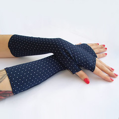 Navy Arm warmers / Fingerless Gloves with whie dots - Arm Covers , Gloves , Hand Warmers , Cuffs , Victoriian , Goth , Cotton (anuchka2010) Tags: christmas goth victorian polkadots gloves gift accessories cuffs wristwarmer armwarmers steampunk handwarmers fingerless fingerlessgloves womengloves