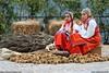 abito tipico desulese (http://coissimone.jimdo.com/) Tags: sardegna simone produce montagna cortes gara pittura concorso pittore nuoro pittori cois desulo estemporanea apertas