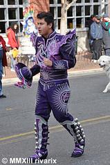 053 Thanksgiving Parade - San Simon USA (rivarix) Tags: silverspringthanksgivingparade thanksgivingdayparade silverspringmaryland usfederalholiday festival partycelebration carnival caporales boliviandance maledancer cascabeles sansimonusa