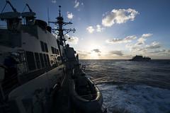 130926-N-TX154-078.jpg (SurfaceWarriors) Tags: george washington 5 group strike carrier ccsg philippinesea ussprebleddg88