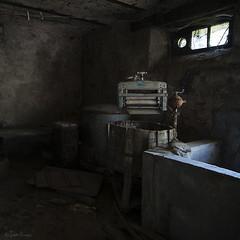 (moggierocket) Tags: old abandoned dark farm interior forgotten tub mansion washingmachine cobwebs oldfashioned scullery