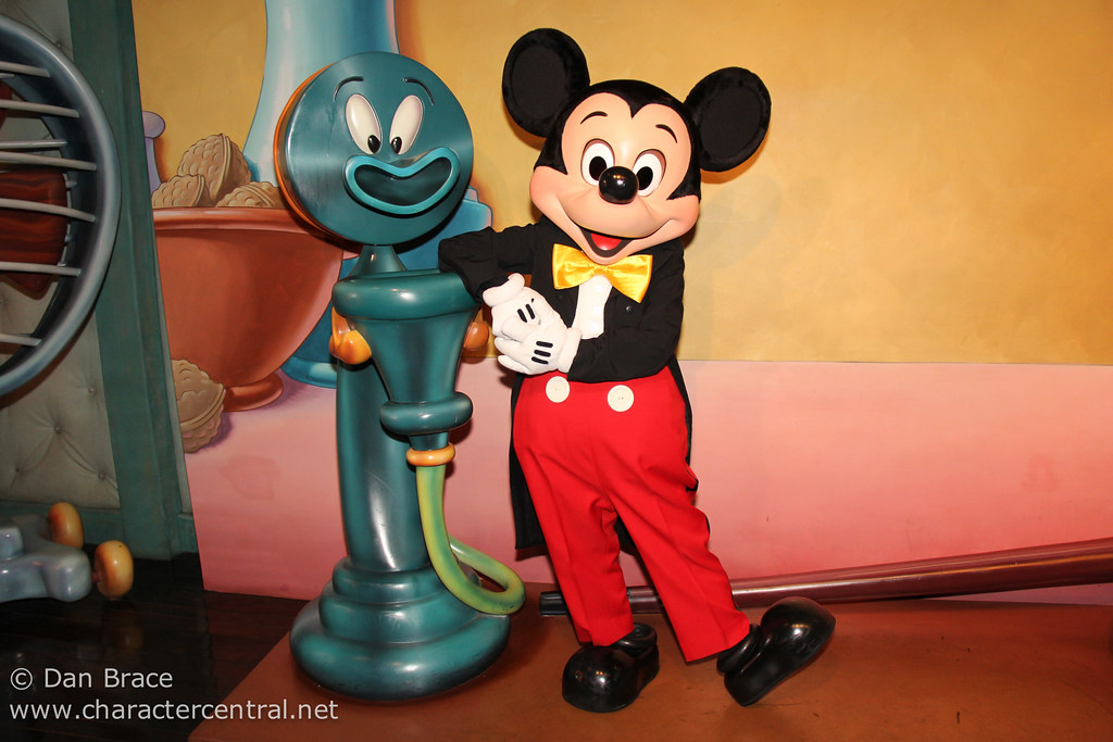 The top 11 places to meet mickey mouse at disney parks around the no trip to a disney park would be complete without meeting everybodys favourite star and the worlds most famous mouse mickey m4hsunfo