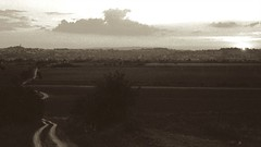 F320040826 - Version 2 (Huub Gelderblom) Tags: italy film 2004 50mm prime nikon tuscany f3 nikkor huub 50mmf14ais dolcefarniente foianodellachiana gelderblom huubgelderblom
