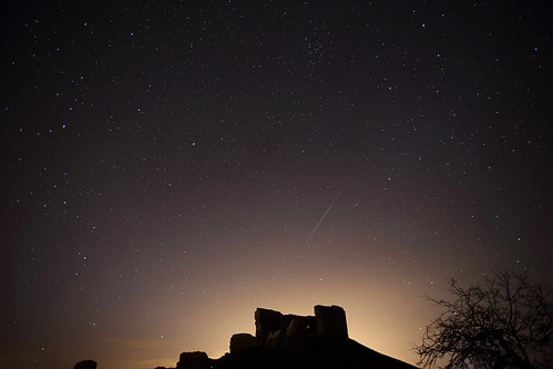 "GEMINID METEOR - 2 • <a style=""font-size:0.8em;"" href=""http://www.flickr.com/photos/7776810@N07/11386517543/"" target=""_blank"">View on Flickr</a>"