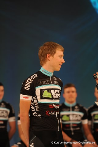 EFC-Omega Pharma-QuickStep Cycling Team   (140) (Small)