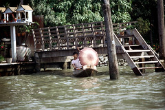 19-004 (ndpa / s. lundeen, archivist) Tags: people man color film water stairs umbrella 35mm thailand pier boat canal dock bangkok nick steps canals thai 1970s 1972 19 1973 youngman klong dewolf khlong klongs nickdewolf photographbynickdewolf khlongs reel19