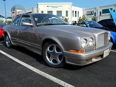 1998 Bentley Continental T (splattergraphics) Tags: continental 1998 bentley carshow huntvalleymd continentalt huntvalleytownecentre huntvalleyhorsepower