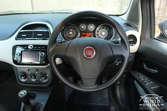 Fiat-Avventura-Urban-Cross-Interior-Steering-Wheel