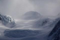 Monte Rosa / Mount Rosa (José Rambaud) Tags: monterosa mountrosa massifdumontrosa nubes clouds glacier glaciar hielo snow snowcapped alpes alps alpen alpi switzerland suisse schweiz italy italia france francia cordillera range outdoor airelibre paisaje paisagem landscape