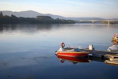 El río (Llópez) Tags: bote barco agua río portugal valença minho miño españa pontevedra puente paisaje viaje