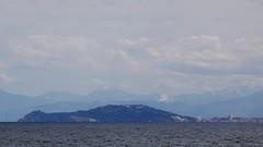 Monte Hacho y Jbel Lakraa (José Rambaud) Tags: kelti yebelkelti jebelkelti djebelkelti lakraa djbellakraa jebellakraa rif rifrange moon montañas straitofgibraltar estrechodegibraltar gibraltar paisaje paisagem paysage landscape seascape