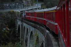 Rhtische Bahn RhB Lokomotive Ge 4/4 III 646 mit Taufname Santa Maria Val Mstair und Werbung -  Eigenwerbung BGA ( Baujahr 1994 - Hersteller SLM - ABB ) unterwegs bei  im Kanton Graubnden - Grischun in der Schweiz (chrchr_75) Tags: oktober train de tren schweiz switzerland suisse swiss herbst eisenbahn railway zug locomotive christoph svizzera bahn treno schweizer chemin centralstation fer locomotora tog 1310 juna lokomotive lok ferrovia rhb bergbahn spoorweg rhtische suissa graubnden locomotiva lokomotiv ferroviaria  locomotief kanton chrigu  rautatie schmalspur  2013 grischun bahnen zoug trainen retica viafier  chrchr hurni kantongraubnden chrchr75 chriguhurni meterspur albumgraubnden chriguhurnibluemailch hurni131018