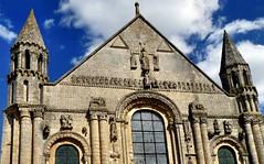 Saint-Jouin-de-Marnes - Abbey Church (Martin M. Miles (gone for a walk)) Tags: france norman 79 ambulatory deuxsèvres poitoucharentes jouin mérimée ensio saintmaximin viaturonensis saintjouindemarnes jovinus sainthilaire'sway normanraids