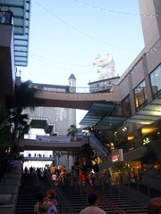 """Mall Near the Kodak Theater • <a style=""""font-size:0.8em;"""" href=""""http://www.flickr.com/photos/109120354@N07/11047673836/"""" target=""""_blank"""">View on Flickr</a>"""