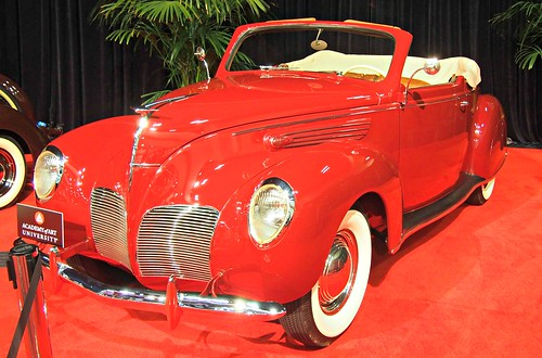 1938 Lincoln Zephyr Convertible 1