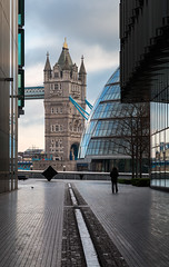 Alone in London (Nomadic Vision Photography) Tags: england london architecture unitedkingdom cityhall perspective boxingday morelondon londontowerbridge emptylondon aloneinlondon jonreid tinareid nomadicvisioncom