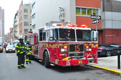 FDNY Engine 15 (Triborough) Tags: nyc newyorkcity ny newyork manhattan engine firetruck fireengine fdny lowermanhattan civiccenter seagrave newyorkcounty newyorkcityfiredepartment engine15