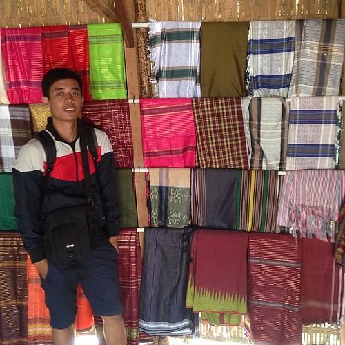 #sasak #kaintenun #lombok #ende #traveller #backpaker