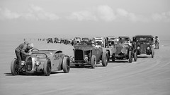 Queuing Pendine Sands (technodean2000) Tags: show uk hot classic beach car wales race vintage coast sand nikon weekend rod pendine lightroom d610