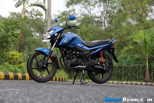 2015-Honda-Livo-22